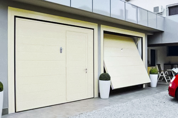 Up-and-over garage doors giesse